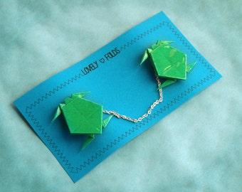 Origami turtles collar clip