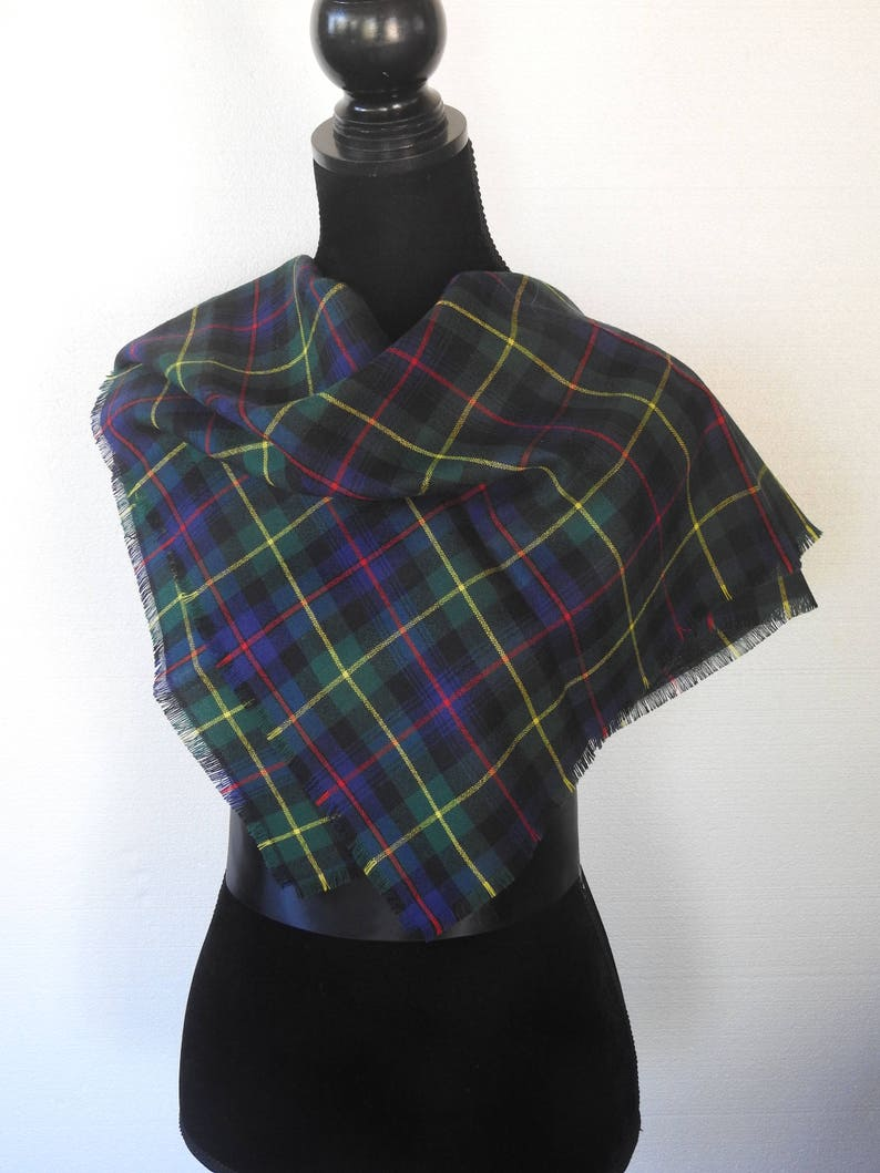 Scottish Touch of Cashmere Lightweight Pashmina CREAM Designed in Scotland