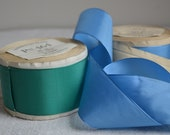 Yard of vintage taffeta ribbon from the 1930s, blue or green