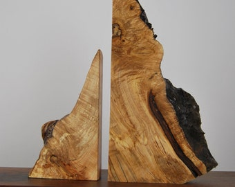 Mother and Daughter Sculpture