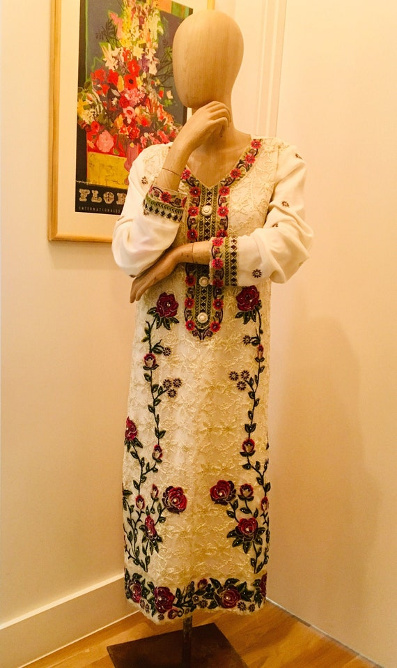 Vintage Indian Kaftan / Floral Wedding Dress / 60s