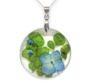 Blue Hydrangea jewelry, Flower Resin Necklace, Pressed Flower jewelry, Botanical Necklace, Nature jewelry, Real Flower, valentine day gift