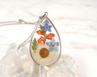 Pressed flower necklace Forget me not flower necklace daisy resin jewelry