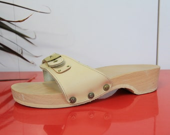 51a35230277c Deadstock Dr. Scholls Wooden Light Nude Leather Sandals