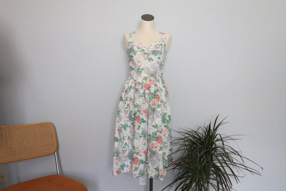 Jessica McClintock White Floral Sweetheart Early 9