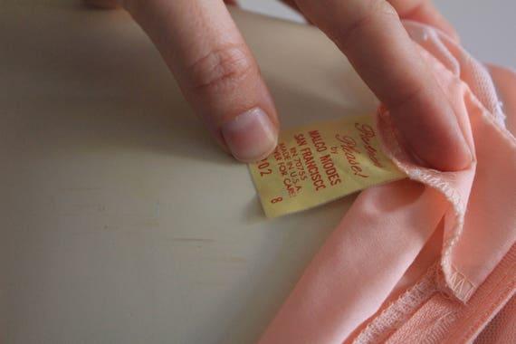 Late 70's Vintage Puff Sleeve Ruffle Flare Peach … - image 5
