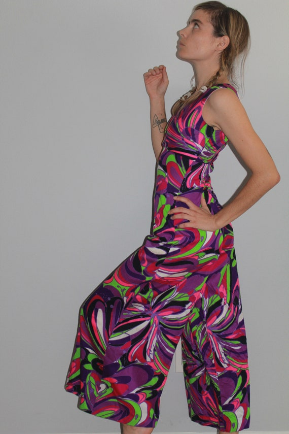 60's Psychedelic Purple Tone Wide Leg Cropped Jum… - image 3