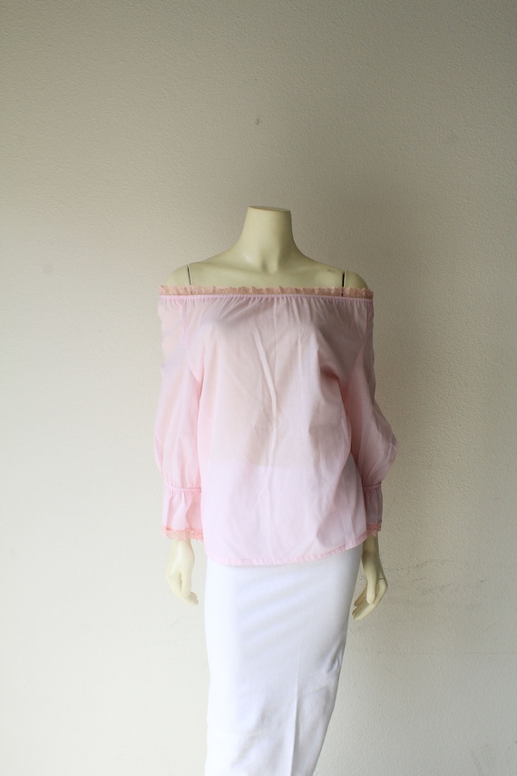 951de9edd3e6f1 70 s Vintage Pink Sheer Off Shoulder Ruffle Peasant Blouse