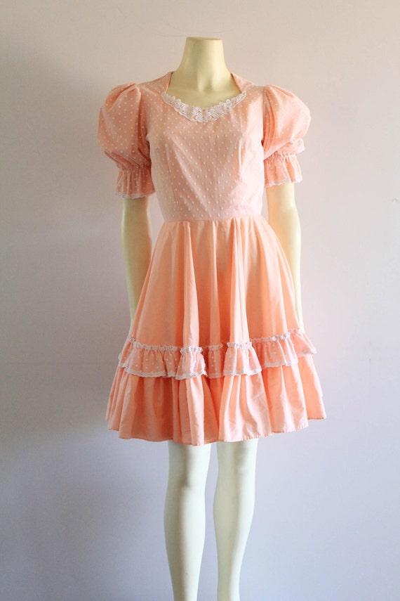 Late 70's Vintage Puff Sleeve Ruffle Flare Peach B