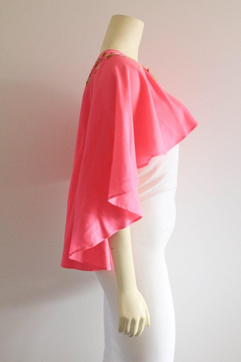 Amazing 60/'s Vintage Hot Pink Floral Appliqu\u00e9 Psychedelic Circle Cape Shawl