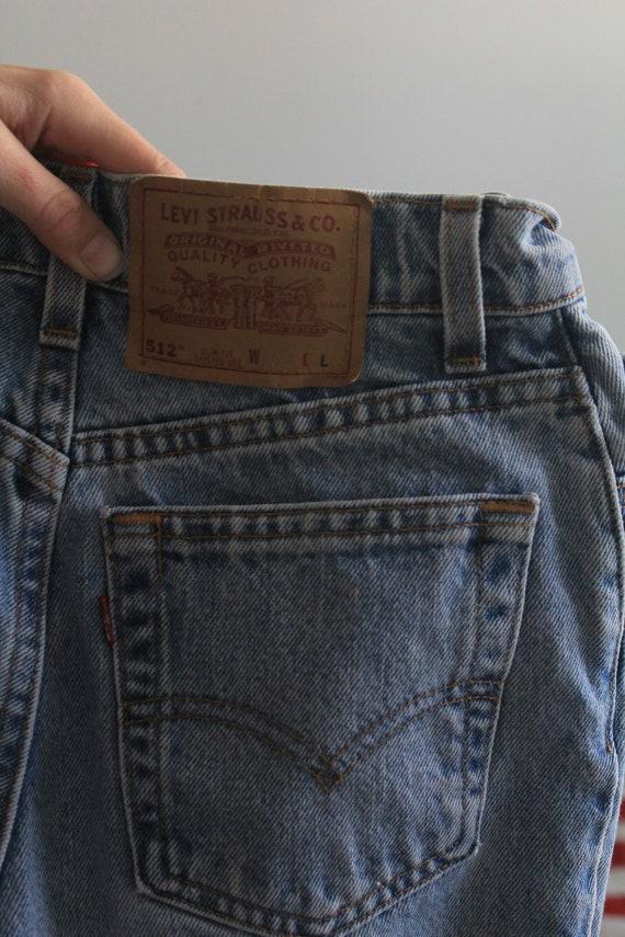 Levi's 512 High Waist 90s Skinny Mom Jeans - image 5