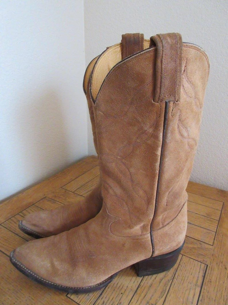 d264c8e35d7 Vintage Womens Sandy Colour Suede Cowboy Boots Made In USA By 'Tony Lama',  USA 8.5D, UK 6.5