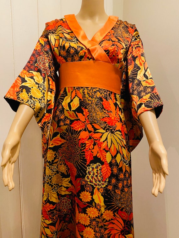 BEAUTIFUL Vintage 1960's Dress, Made In ENGLAND By