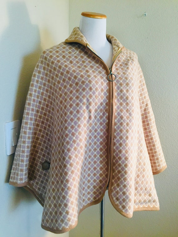BEAUTIFUL Vintage 1950's Tapestry Cape Made In WAL