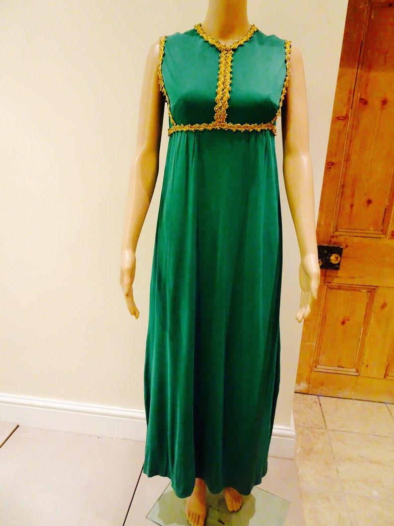 015e3517694 Beautiful Emerald Green Dress - Gomes Weine AG
