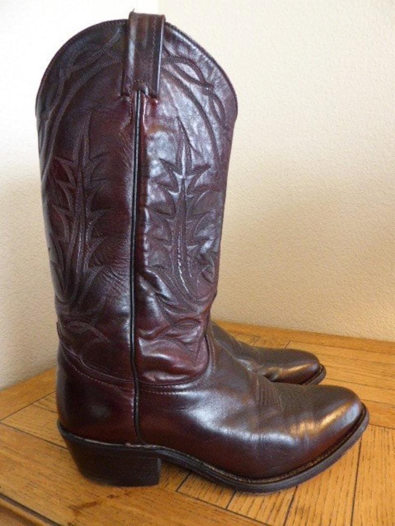 b3f135b2aeb Vintage 'Tony Lama' Cowboy Boots Made In USA - UK Size 7.5 - Nice!!