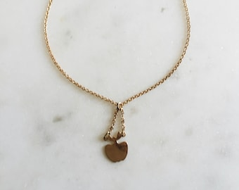 Dead Stock VTG Delicate Gold Apple Pendant Necklace 14.5""