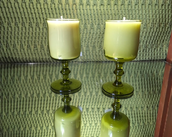 FREE SHIPPING! Vintage Green Stemmed Glass, Soy Champagne Cocktail scented candle
