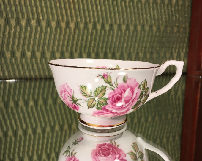 FREE SHIPPING! Vintage Clarence Tea Cup, bone china, England