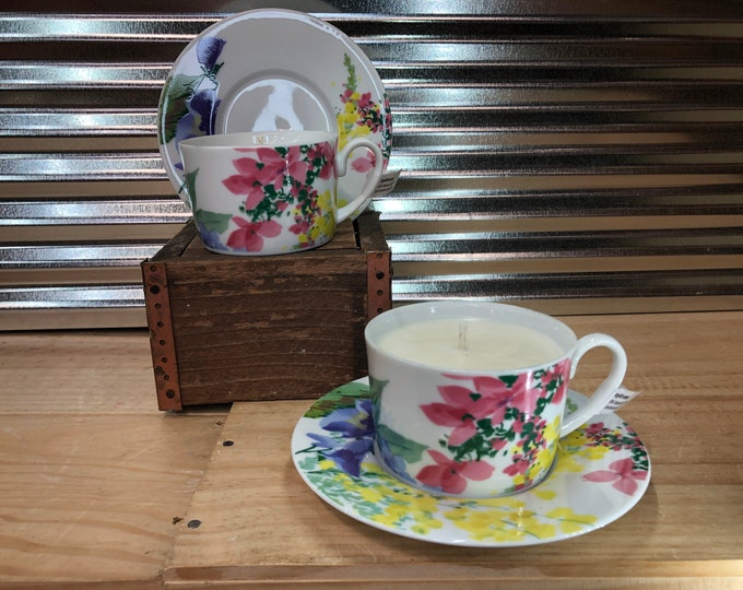 Vintage bright floral tea cup filled with a soy candle, Daydream scent. SHIPS FREE!