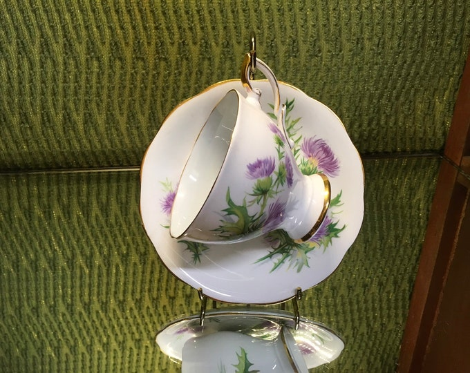 FREE SHIPPING! Vintage Scot's Emblem Thistle tea cup and saucer, bone china, England
