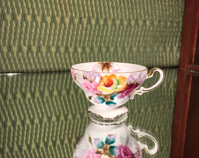 FREE SHIPPING! Gorgeous! Vintage Norcrest 3/115 Tea Cup, bone china, England. Floral