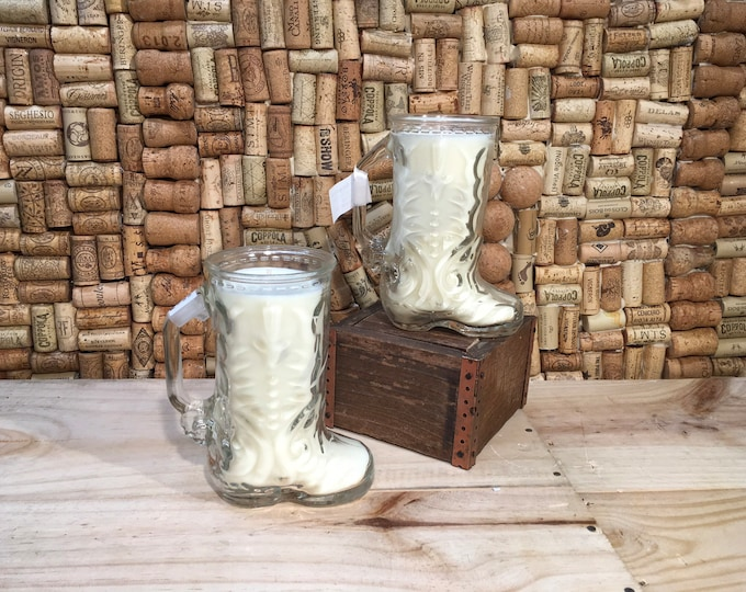 FREE SHIPPING! Vintage Cowboy Boot Glass Mug, soy Fruity Bergamot scented candle