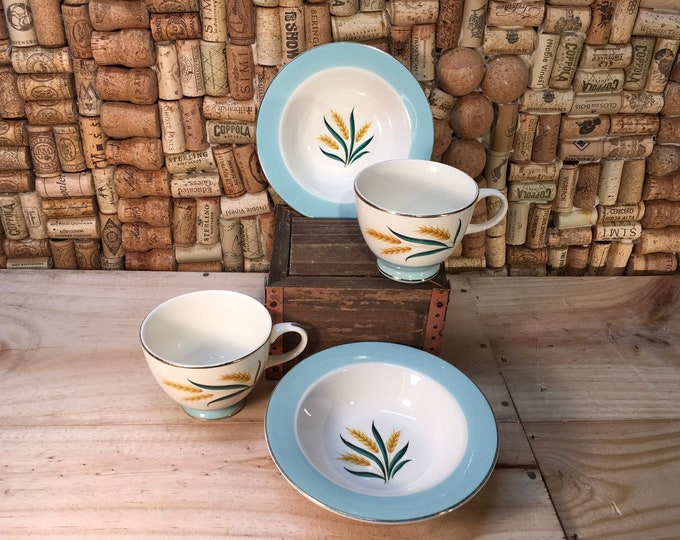 FREE SHIPPING! Pair of Vintage Homer Laughlin Viking Wheat Tea Cups and Small Bowls