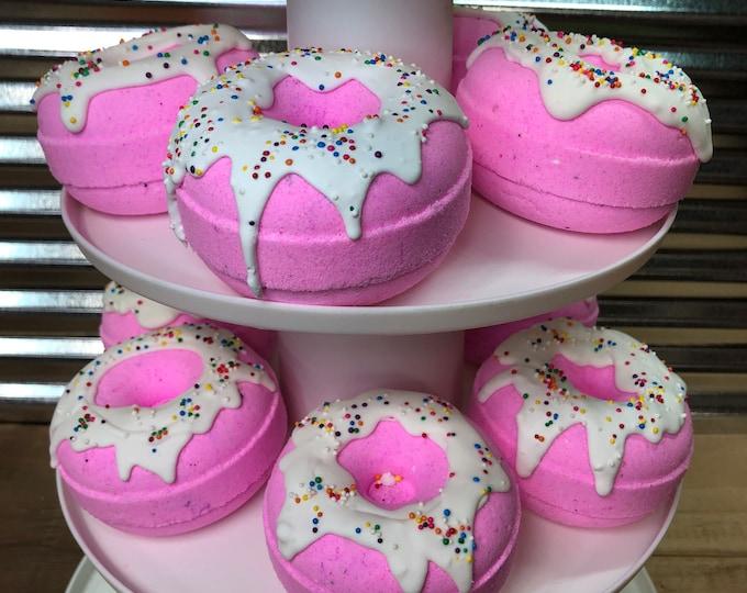 Pink Donut Bath Bomb, Daydream  Scent