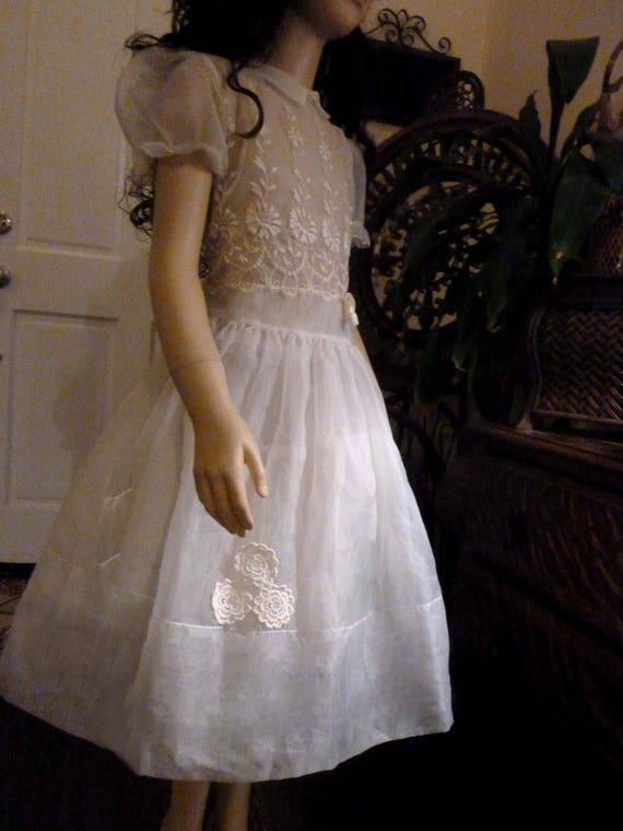 Sweet Vintage 50's Child's White Organza Dress wit