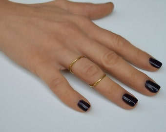 Gold or Silver Double Ring, Twisted Circle Ring, knuckle, midi double ring.