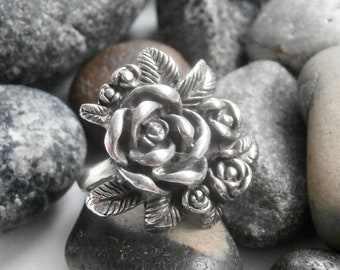 Silver Flower Ring - Statement Ring - Vintage Sterling Silver Ring