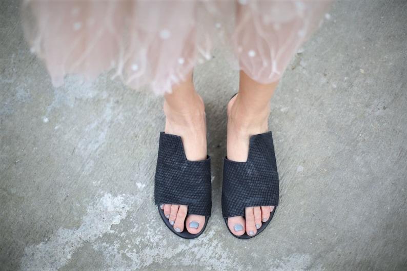 10b52e56e16c9 Black Leather Sandals, Handmade Sandals, Flat Sandals, Black Summer Shoes,  Slide Sandals, Toe Ring Sandals, Slip On Sandals, Simone