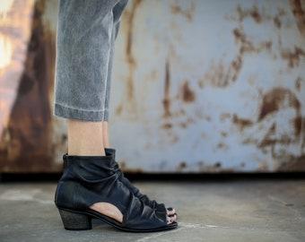 SALE, Heels Sandals, Black Sandals, Leather Sandals, Handmade Sandals, Summer Shoes, Black High Heels Sandals, Slouch Sandals, Laticia