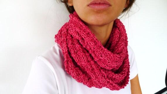 ventas calientes a78d7 ea782 Cuello tejido para mujer hecho a mano. Bufandas circulares. Bufandas  tejidas. Ideas para regalar para ella
