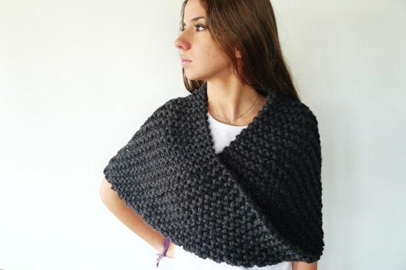 a basso prezzo 7d13a 2709b Poncho di lana per le donne. Colli di originali fatti a mano. Sciarpe di  lana extra-large. Poncho tessuti. Idee per regali per lei