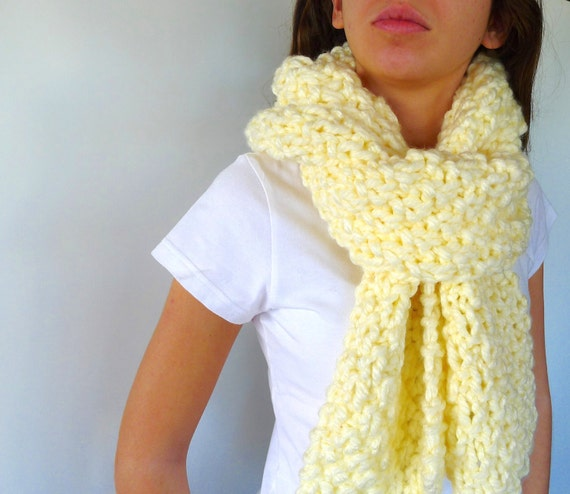 Cream oversized knit scarf. Big chunky scarf. Soft merino wool scarf ... 548cbd151de