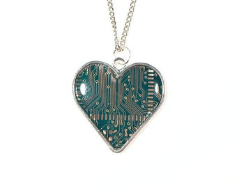 Green Circuit Board Heart Necklace, Valentine's Gift, Computer Gifts, Computer Chip Necklace, Engineer Gift, Gift for Her, Upcycled Gift