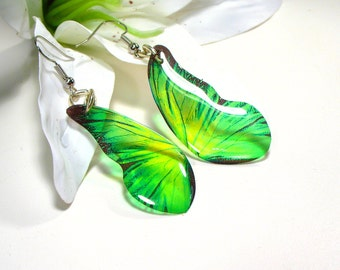 Green butterfly earrings, butterfly wings, bridesmaid gift, wedding gift, accessories for her, gift for girl, lightweight earrings.