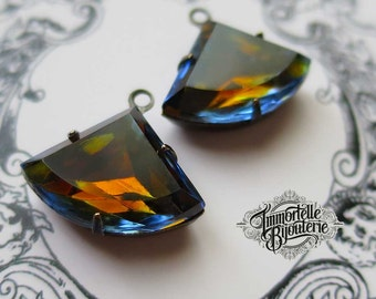 Vintage 18x13mm Fan Kite Drop Sapphire Blue Topaz Givre Glass Stones - RARE, Earthy and Sophisticated in settings- High Quality - 2pcs