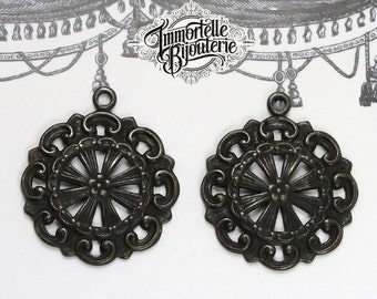Black Brass Round 22mm Floral Filigree Jewelry Findings Victorian Aged - Noir Black Antique Brass - 6 pcs