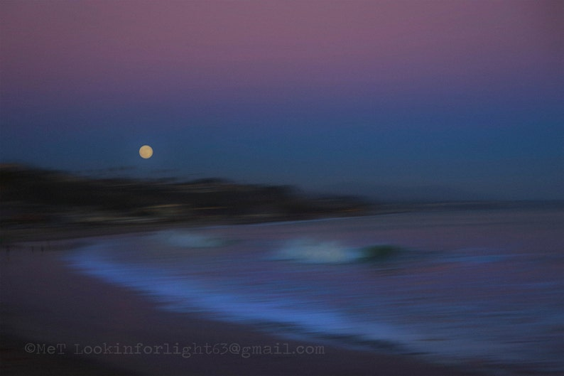 Moon Rise Ocean Photo / Full MoonHigh Tide / Abstract image 0