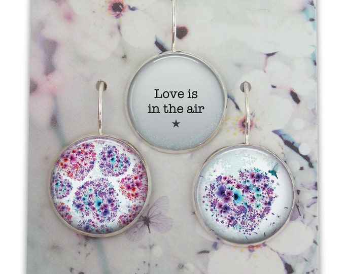 Trio of earrings in resin (18mm in diameter) - Chacha by Iris - trio 37 - the feather ear collection / Valentine's day