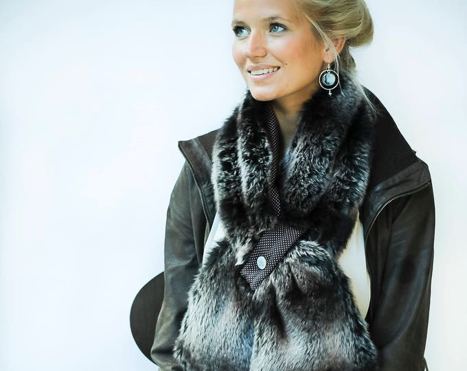 Tab magnetic Brown faux fur scarf: BRUNA / Valentine's day