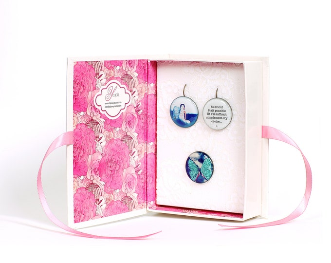 Box Angel earrings + ring CD14 + T12 + CD4 (2, 5cm diameter) - resin - collection La Plume to the ear