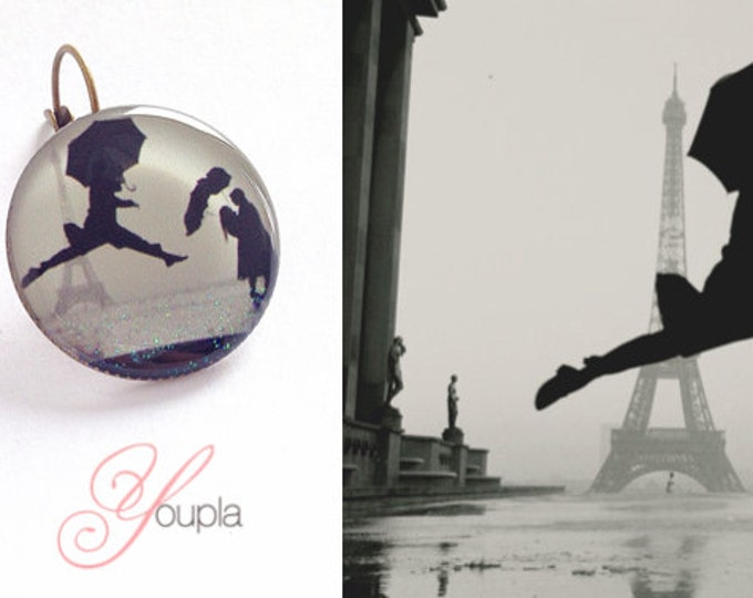 Elliot Erwitt A5 + T29 earrings (2, 5cm diameter) - resin - collection La Plume to the ear