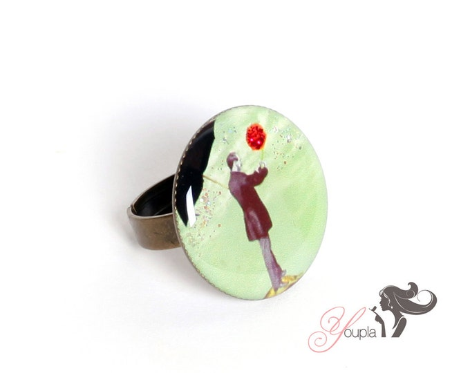 Ring in resin TL1 (2, 5cm in diameter) - support brass - collection La Plume to the ear