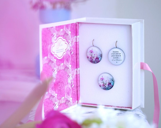 Box earrings + ring Chacha by Iris Flower (2, 5cm diameter) - resin - collection La Plume to the ear