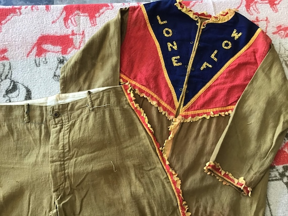 40's Lone Wolf Costume 35 inch chest and 30x 20 pa