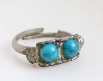 Silver Turquoise Ring - Size 4.5